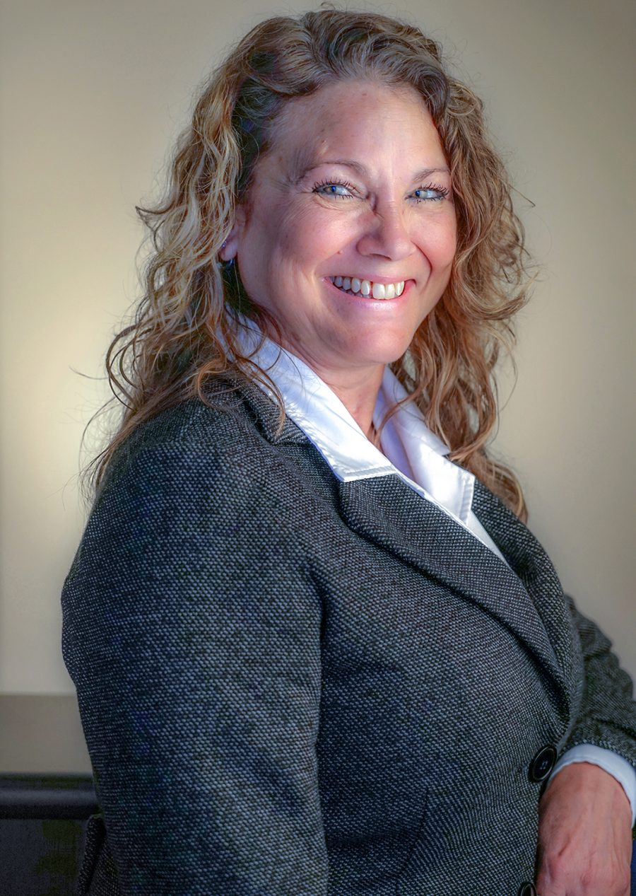 Kim Mansfield, Legal Assistant, Corporate, Wills and Estates Support